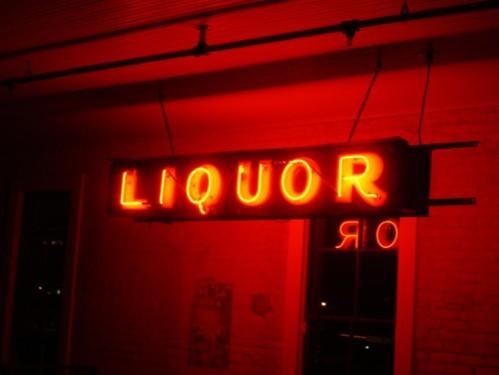 liquor-sign-1441923-1920x1440-e1469032868522